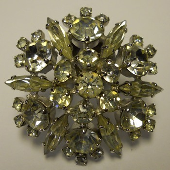 Gustave Sherman Brooch, CANADA, circa 1960-70 - Costume Jewelry