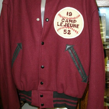 Marine Corps Baseball League 1952 - Mens Clothing
