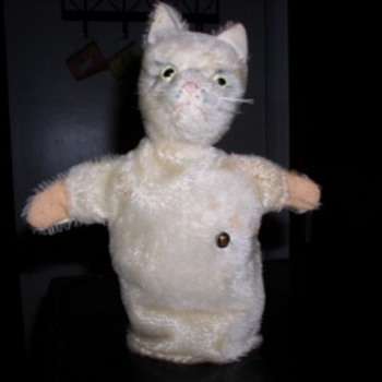 Grisly Hand Puppet Cat - Animals