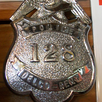 Delco-Remy police badge - Medals Pins and Badges