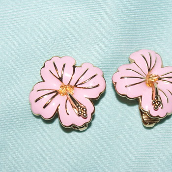 Costume Earrings – Pink Enamel