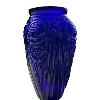 Cobalt thick, heavy glass vase  - Art Glass