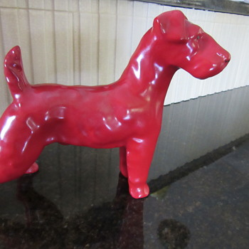 ERPHILA Germany Big Red Dog - Figurines