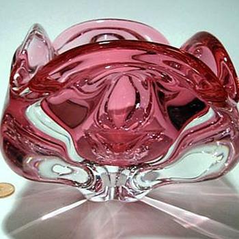 CHRIBSKA Glass Bowl --> Josef Hospodka - Art Glass