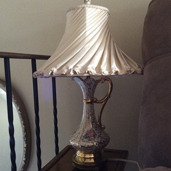 Canadian vintage porcelaine electric lamp  CSA 9630