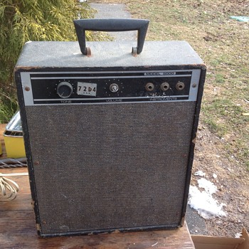 vintage tube guitar amplifier  - Electronics