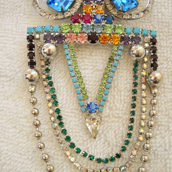 Kirks Folly Dangling Owl Brooch - Costume Jewelry