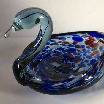 Glass swan dish? - Art Glass