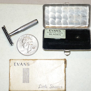 Tiny Vintage Evans Little Shaver