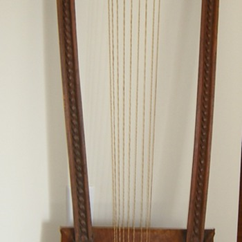 Loom?  Instrument?  What is this?