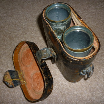 WW1 German binoculars