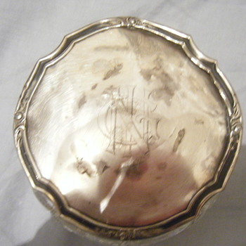 Stewrlig Silver topped glass bowl hm'ed 925