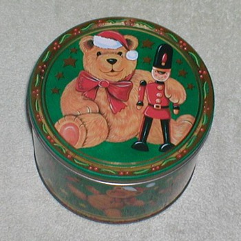 Christmas Cookie Tin - Bears