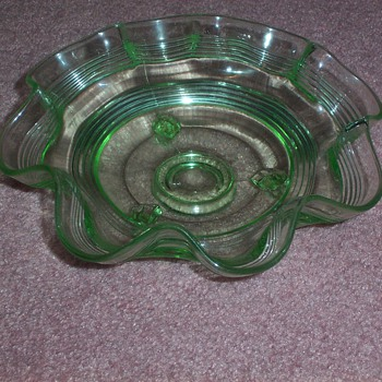 Anchor Hocking green fluted ring bowl