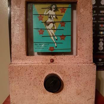 Go-Go Girl Coin Machine