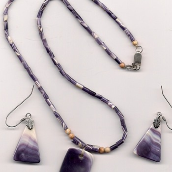 Wampum Necklace and Earrings, Beaded Knife Sheath, Iroquois Beaded Purse, Beaver Tooth Necklace - Native American
