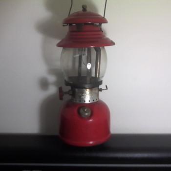 Coleman Kerosene Lantern - Sporting Goods