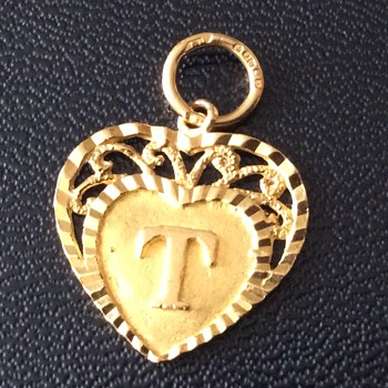 22c pendant  - Fine Jewelry