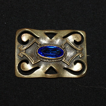 Small Sash Pin