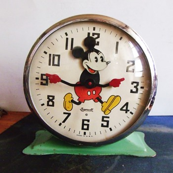 "First Mickey Mouse Alarm Clock... 1934 Ingersoll ""Animated"" Nodder - Clocks"