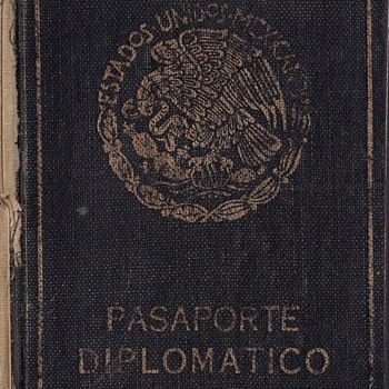 1950 Mexican diplomatic passport - Paper