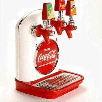"Cornelius ""tombstone"" Coca Cola dispenser - Coca-Cola"