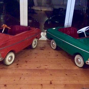 Moskvich pedal cars by AZLK