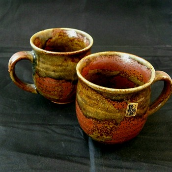 Japanese? ash glaze pottery Mugs Marker?