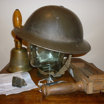 British WWII Air Raid Patrol steel helmet. 1938.