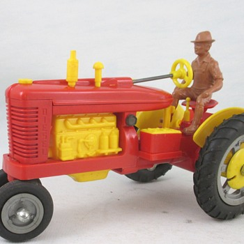 Marx Fix-All Tractor - Model Cars