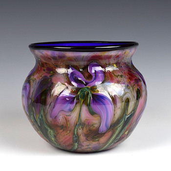 CHARLES LOTTON  MULTIFLORA CYPRIOT BOWL - Art Glass