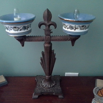 antique cast iron table lamp