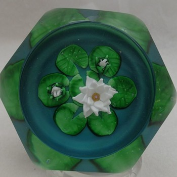 St Louis Paperweight 1985 Monet Water Lilies - Art Glass