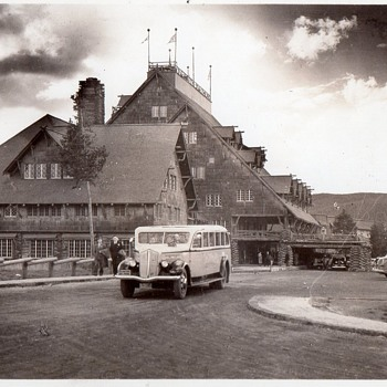 Early 1940s Postcard of Yellowstone's Old Faithful Inn and  1937 Tour Bus  - Postcards