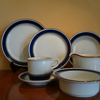 PORSGRUND - NORWAY/ABOUT 72 PIECE SET - China and Dinnerware