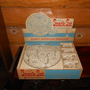 Anchor Hocking 8 Piece Snack Set Early American Prescut - Glassware