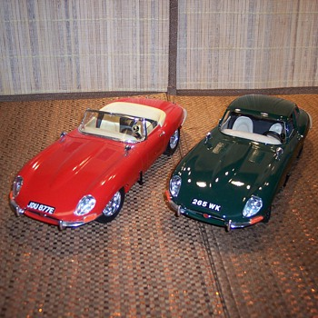 Jaguar 1/18 scale cars