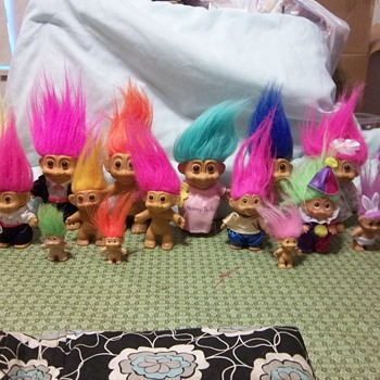 Dam trolls!!! and Russ - Dolls