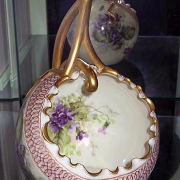 Ceramic Arts Company (CAC) American Belleek Cache Pot