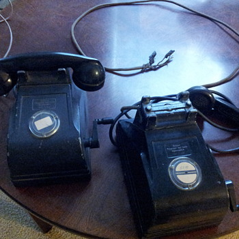 Vintage late 1930's Telephone Desktop - Telephones
