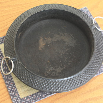 JAPANESE IRON SKILLET (for making SUKIYAKI)