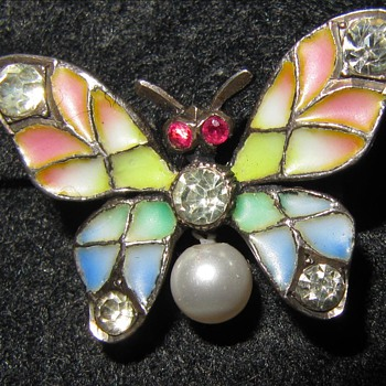 Early 20th century plique-a-jour enamel butterfly brooch. - Fine Jewelry