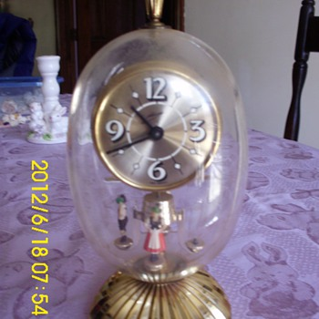 Anniversary  style clock?