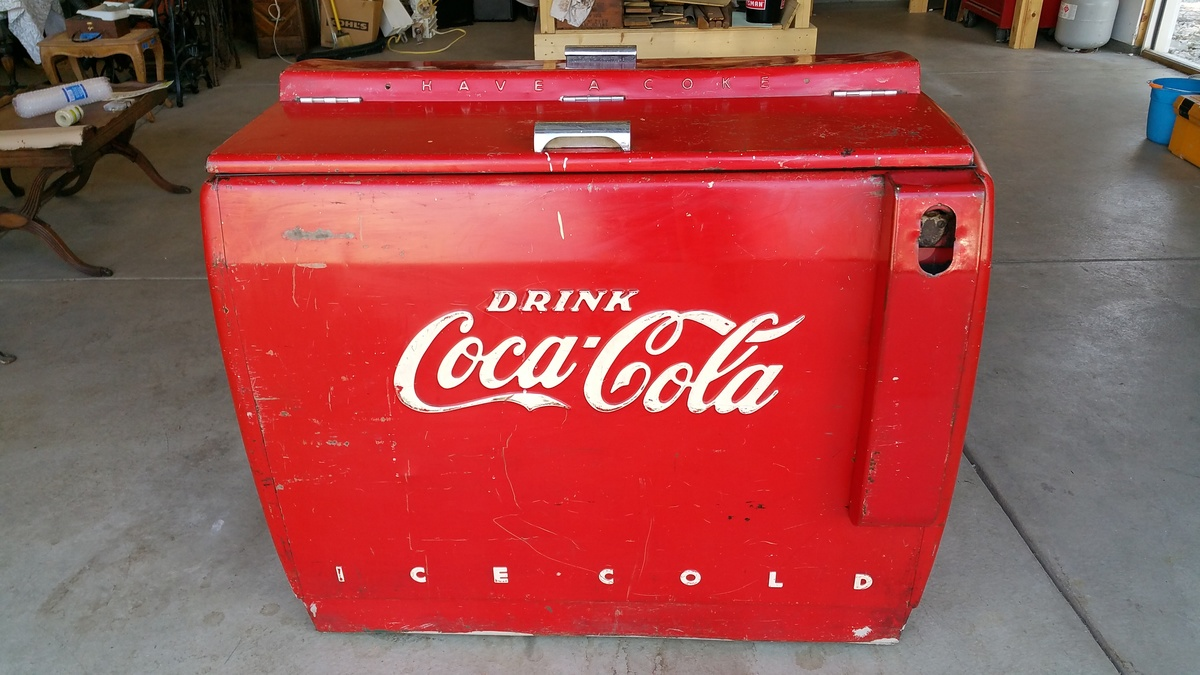 Vintage coca cola ice chest collectors weekly for 1 door retro coke cooler