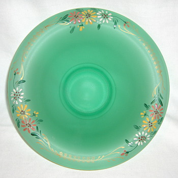 TIFFIN not GOLDBERG Green Satin Glass Daisy Salad Bowl... - Glassware