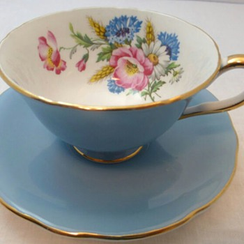 Beautiful Springtime Aynsley Tea Cup...