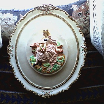 Elegant Oval Chalk Ware Plaques /Bas Relief French Couple in Landscape / Circa 19??  - Figurines