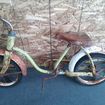 Antique Hedstrom Childrens Bicycle - Sporting Goods