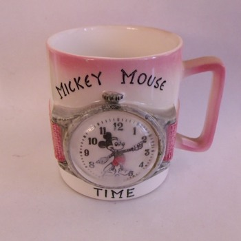 Enesco Mickey Cup - Art Pottery