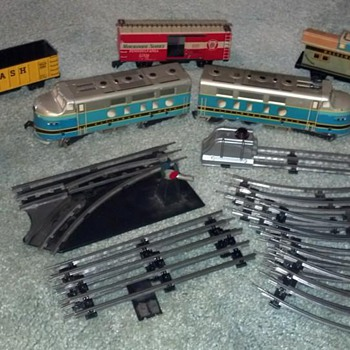 Marx tin train set